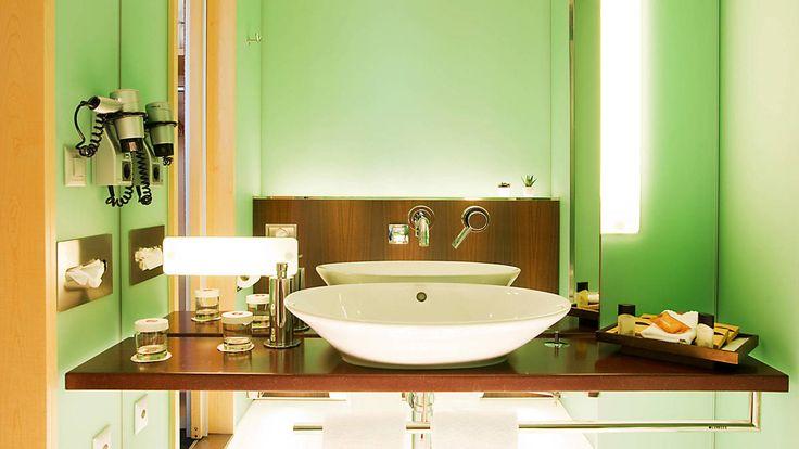 Urlaub gefällig? Das Hyperion Hotel Basel begrüßt euch direkt in der City und somit ideal für euren Trip in die Schweiz.