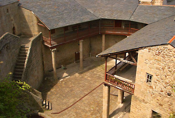 Castillo de Castro Caldelas | Cultura Galega