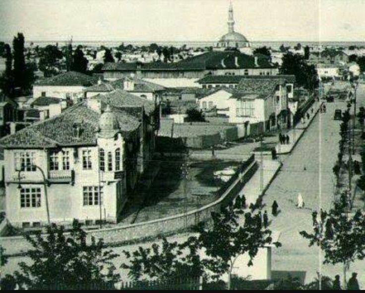 Konya Mevlana Caddesi  Muallimler Birliği binası
