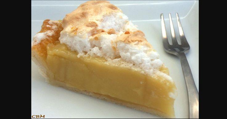 Tout près de la tarte au sucre, il a cette tarte à la crème caramel qui goûte le ciel!