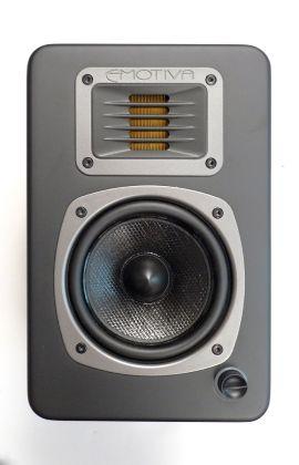 $499 I WANT THIS ONE Emotiva's astonishing desktop speaker   The Audiophiliac - CNET News
