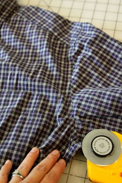 how to quilt with clothing, how to quilt with a shirt, how to recycle a shirt, mamaka mills, alix joyal, recycled quilt, memory quilt, custom shirt quilt by Mamaka Mills Quilts, via Flickr