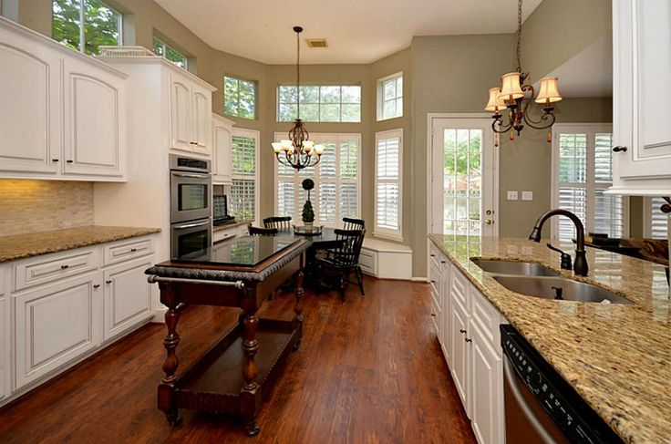 Stainless Steel Appliances And Oil Rubbed Bronze Fixtures