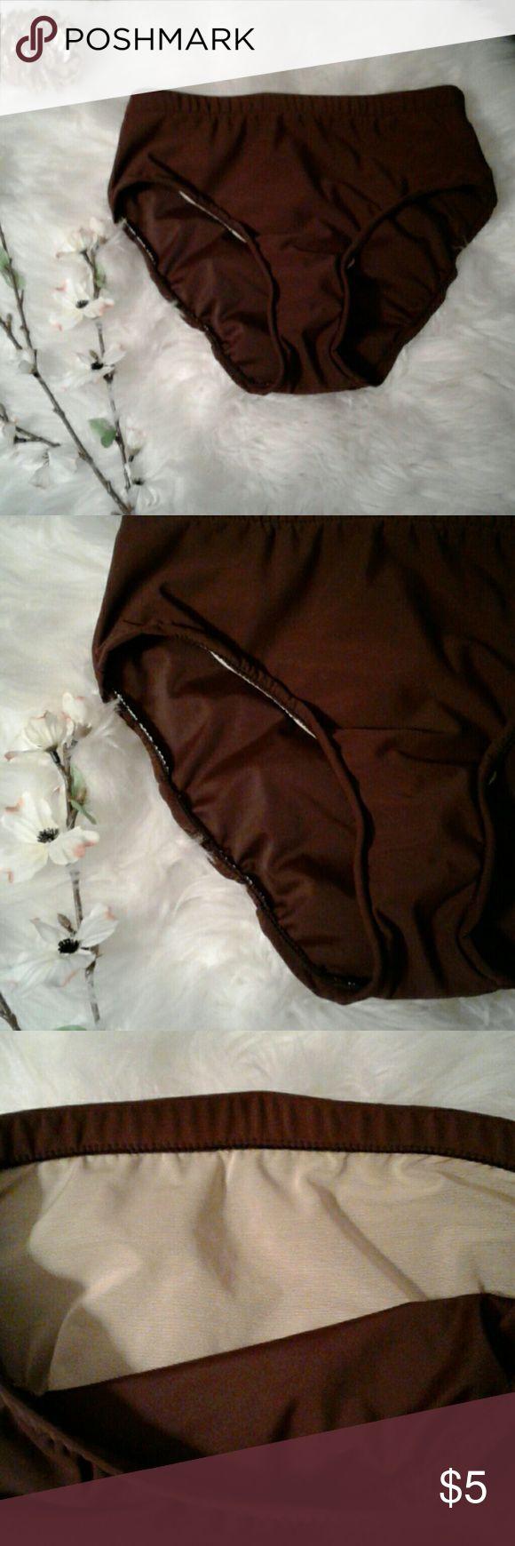 "Vtg High Waist Brown S/M Bikini Bottom Excellent condition  Sz: small/medium Stretch material Vintage high waist Waist: 12.5"" (relax laying flat) boutique Swim Bikinis"