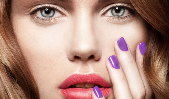 When you sit down to do a manicure, how often do you just have your nail colour with you? Maybe a base coat and top coat if you're being really good? Well, if ...