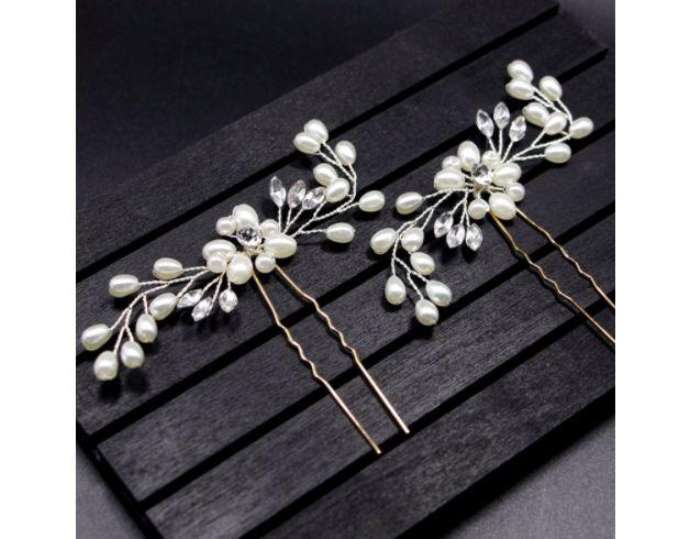Haarblüten - Perlen Zauber in weiß: Haarnadeln als Statement - ein Designerstück von Lillyville-Geschenke bei DaWanda