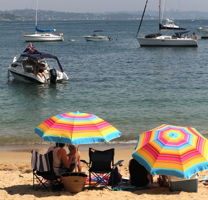 A relaxing Australia Day at Manly beach / Oliver Kendal on Flickr (CC)