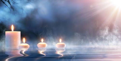 Karma- was ist das ? Der Begriff Karma entstammt im Ursprung dem Sanskrit und bedeutet in seiner Übersetzung soviel wie 'tun', 'wirken' oder 'Tat'. Das karmische Prinzip findet sich in vielen Glaubensrichtungen unserer Welt wieder, so beispielsweise im Hinduismus oder Buddhismus. Es sagt aus, dass jede unserer Aktionen und jeder unserer Gedanken eine Konsequenz zur Folge hat. Karma beschreibt das […]