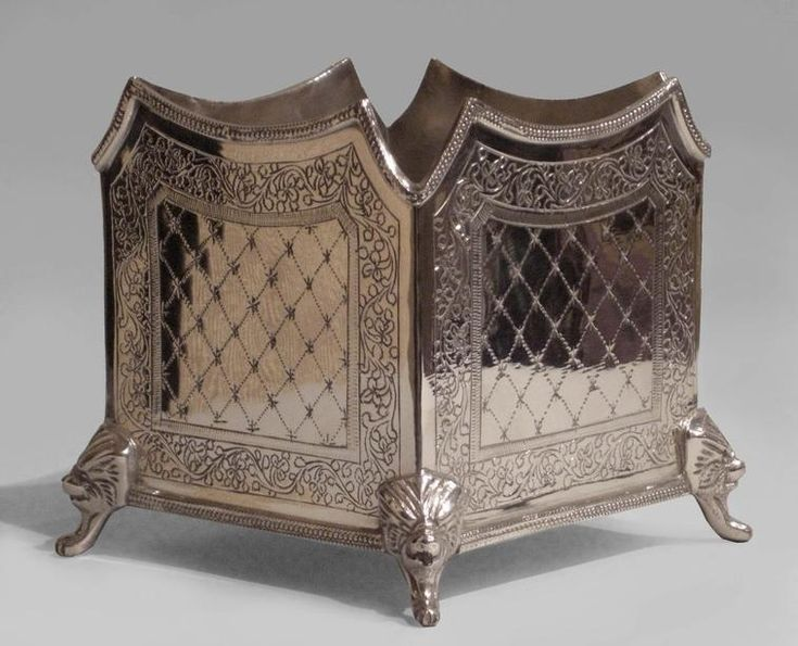 English Victorian accessories jardiniere/cachepot silver-plate