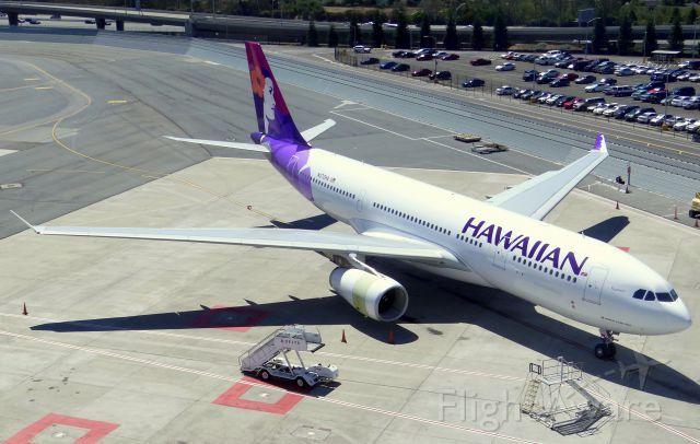 HAL Airbus A330-200 (N370HA)