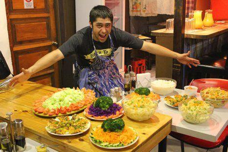 ricos asados con los mejores chefs en el ajihostel todo los viernes!!