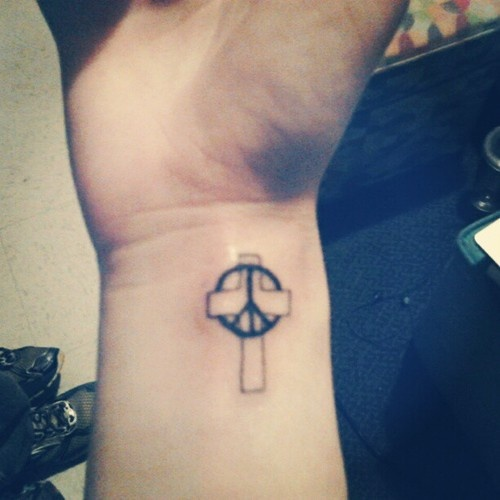 55 Best Peace Sign Tattoo Designs: 55 Best Tattoo...yes Please Images On Pinterest
