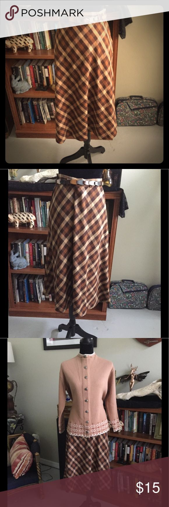 Vintage 60s Summit of Boston Wool Plaid Skirt M Vintage 60s Summit of Boston Brown Wool Plaid Skirt. See Photo For Waist Measurement. Good Vintage Condition. Authentic Original Vintage Style Skirts Midi
