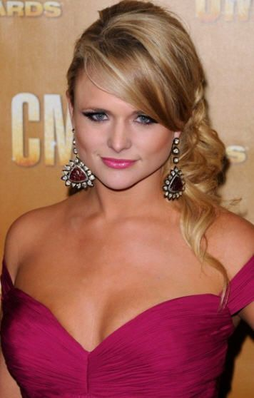Miranda Lambert Bikini | Miranda Lambert : Miranda Lambert biography and Miranda Lambert photo