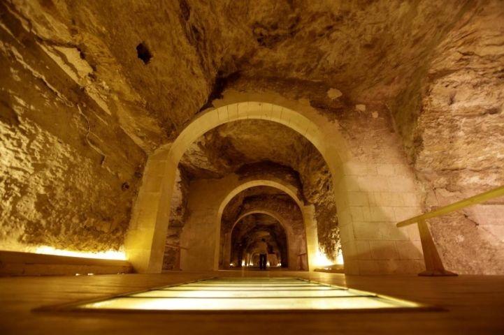 Egipto Reabre Al Turismo La Necrópolis Subterránea De Los Toros Sagrados Arqueologia Historia Antigua Y Medieval Gran Pirámide De Guiza Egipto Mundo Antiguo