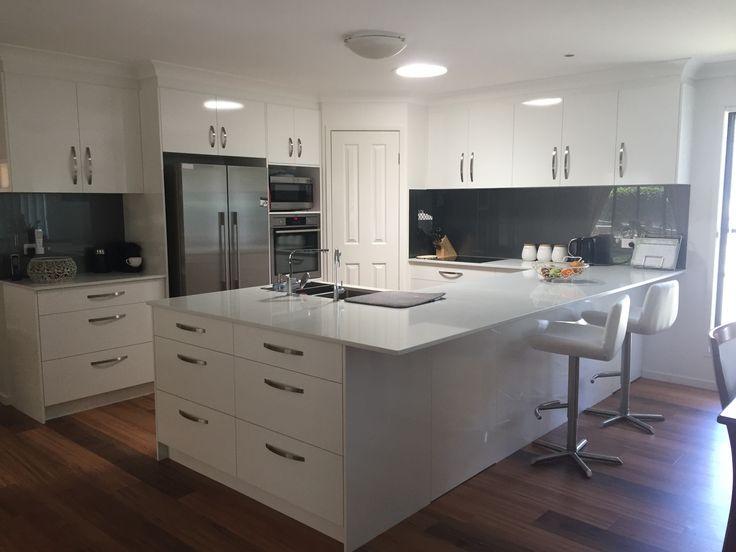 Custom Designed Kitchen - Great Indoor Designs