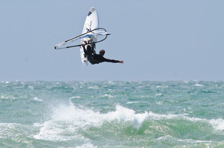 Facile ! Une séance de surf à Damgan, ça vous tente?