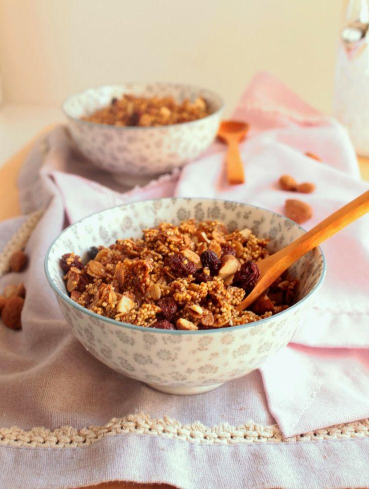 Granola de millet e amêndoas (vegan, sem glúten). Millet and almond granola (vegan, gluten free) - Nem acredito que é saudável!