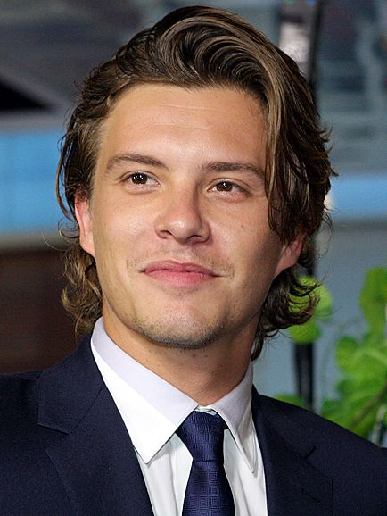 Xavier Samuel. He has such interesting dark eyes; not quite black in colour, but they can be very warm or very cold. Acting chops, definitely.