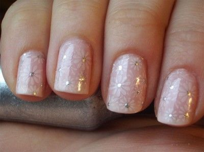 Short Nails Wedding Design. Love it!
