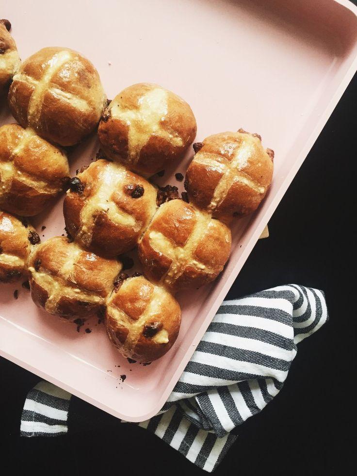Hot cross buns – en engelsk klassiker i dansk forklædning
