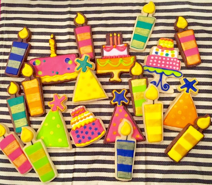 birthday cookies made by pamycakes.  candle cookies. party hats.  birthday cakes.  bright birthday cookies