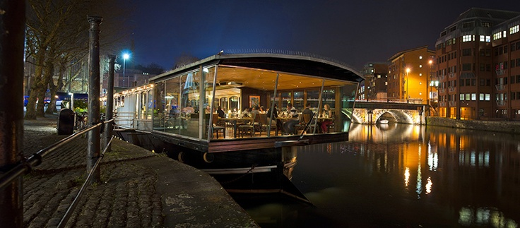 Glassboat - Boat and restaurant wedding venue Bristol