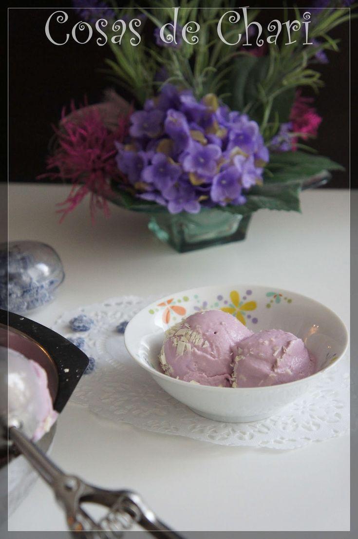 Cosas de Chari: Helado de violetas y chocolate blanco (thermomix)