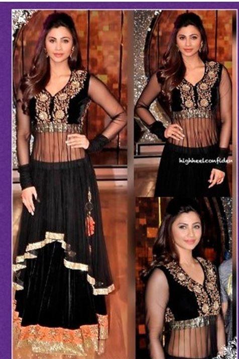 Stylish Bollywood Actress Daisy Black Net,Velvet Lehenga set