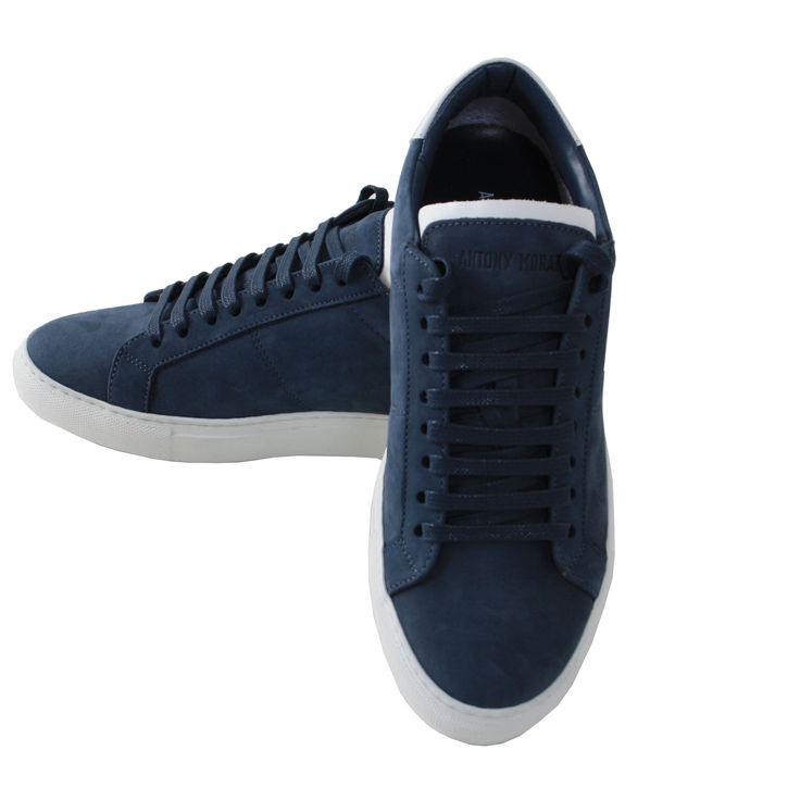 Sneakers Antony Morato color blu in pelle scamosciata, suola in gomma color bianca, stringata. MADE IN ITALY