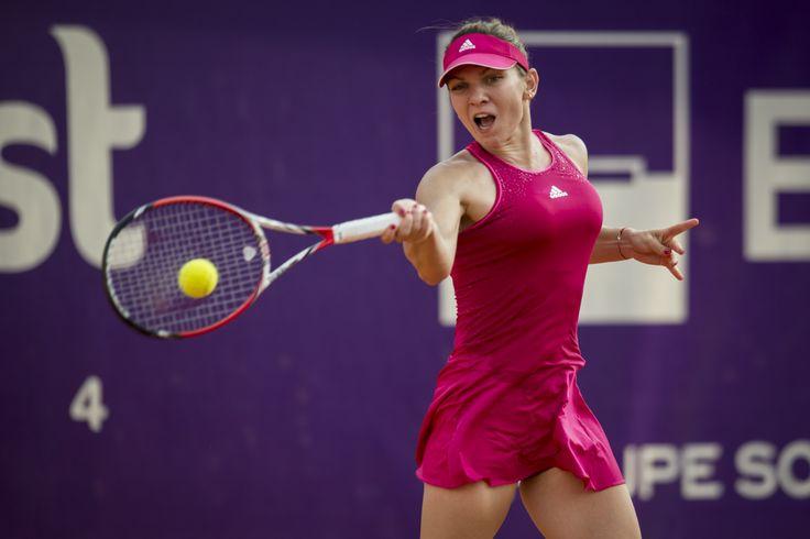 Simona Halep începe anul cu un meci împotriva nemțoaicei Annika Beck