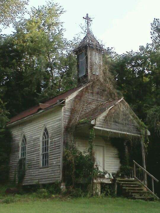 Country - abandoned ~ church in Peak, Sc.