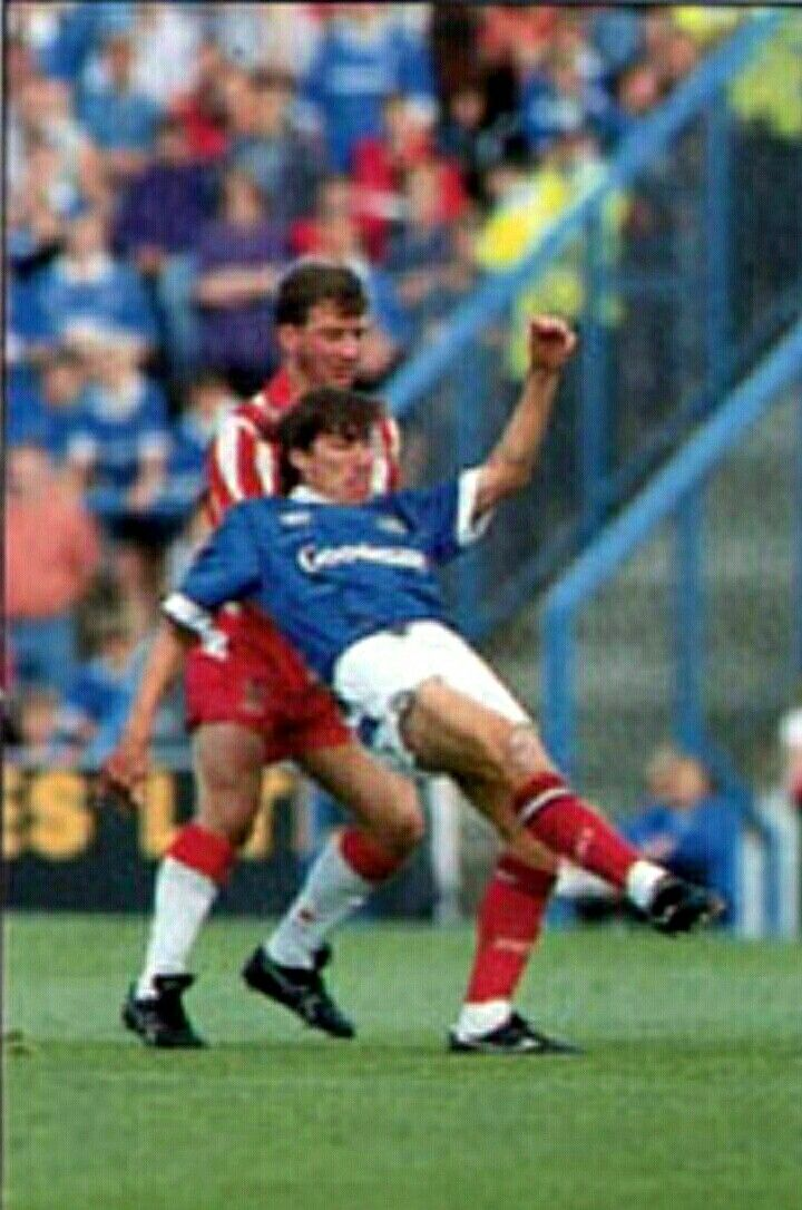 Portsmouth 3 Stoke City 3 in Sept 1993 at Fratton Park. Warren Neill gets his pass away in the Division 1 clash.