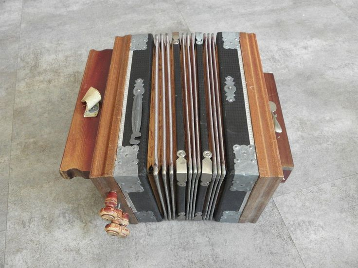 Antique Bandoneon Bandonion. Lids of boutton in brass are missing.   eBay!