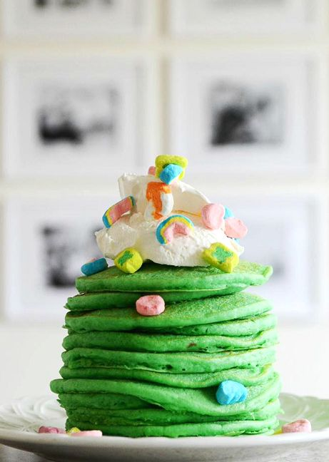 St. Patrick's Day Lucky Pancakes Breakfast for Kids! - Crafty Morning