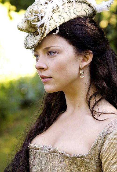Natalie Dormer as Anne Boleyn in The Tudors (2007-2010).