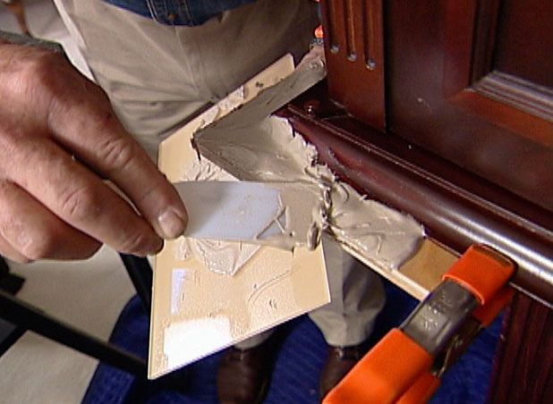 A Technique For Replacing And Restoring Missing Or Damaged Edges And Corners On Furniture And