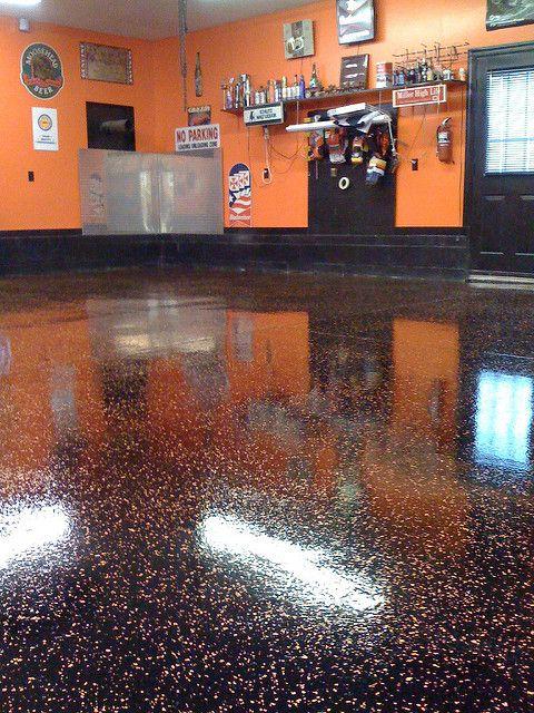 Harley Davidson Garage | Flickr - Photo Sharing!