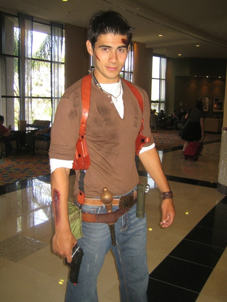 13 best Nathan Drake Costume images on Pinterest | Nathan drake ...