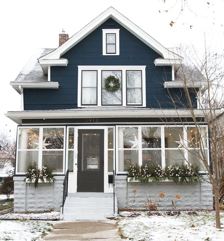 EXTERIOR: colors on house and trim plus widow trim and door