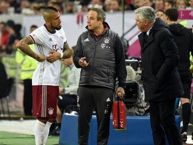 http://www.kicker.de/news/fussball/bundesliga/startseite/668753/artikel_antreiber-ribery_fc-bayern-siegt-beim-turnier-in-duesseldorf.html