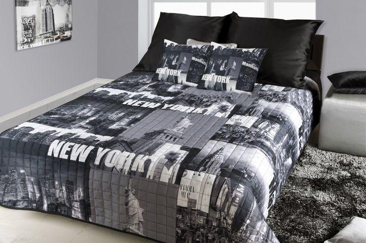 Prehoz na postele čierno bielej farby s motívom New York