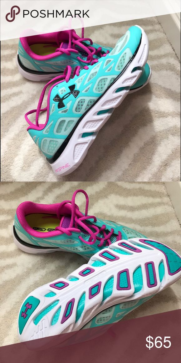 NWOT Under Armour Spine Women's Athletic Shoe New without tags, never worn, no stains or flaws Under Armour Shoes Athletic Shoes