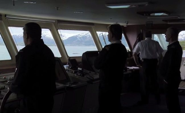 A modern ship is provided with several navigational equipment and resources to ensure a smooth and save voyage. We bring you 30 different types of navigational equipment and resources that are used onboard ships