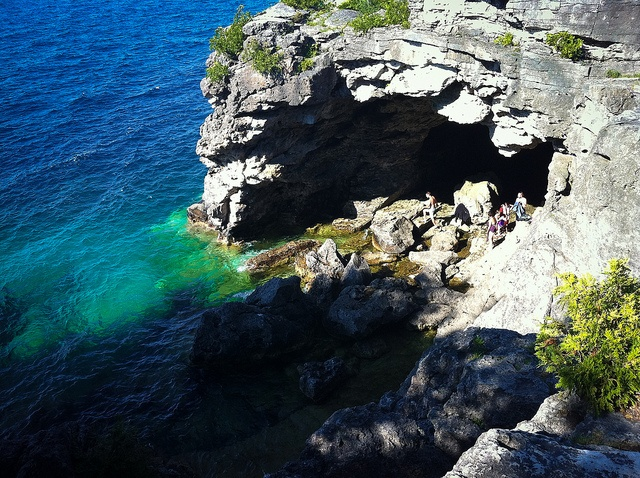 The Grotto l Bruce Peninsula National Park