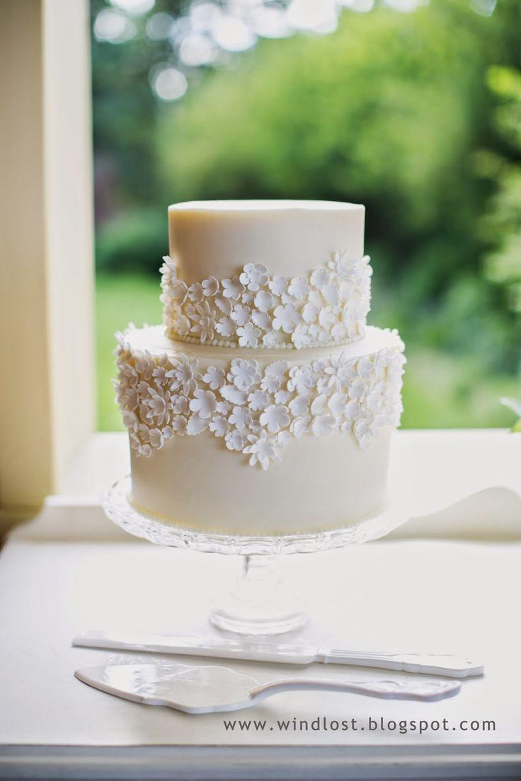 ~ Wind Lost ~ our elegant small June garden wedding ivory white wedding cake sugar flowers