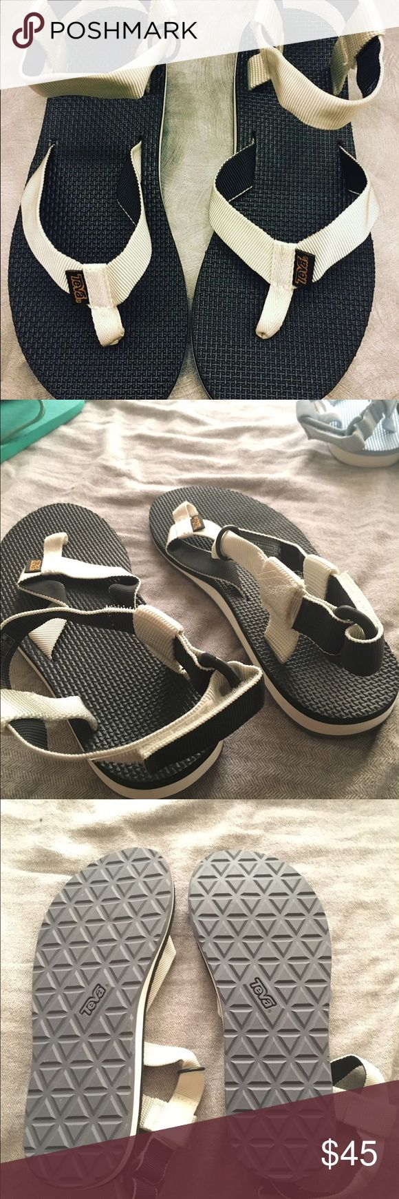 TEVA Original Sandal Brand new never been worn, doesn't come with original box. And are perfect for outdoor use and super stylish 🤗🌊🌎🚲 inside tag marked red by the store indicating final sale. The Velcro snagged a bit of the strap, goes unnoticeable (see picture) Teva Shoes Sandals