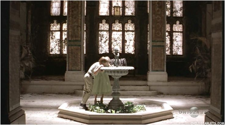 In Paradiso Perduto  One of my favorite movies, Great Expectations 1998 (from the novel by Charles Dickens). Water fountain scene is an all time favorite