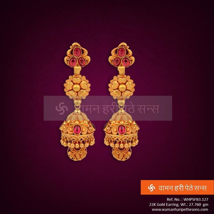 #Beauteous #gorgeous #traditional #attractive #gold #earring for the best you deserve.