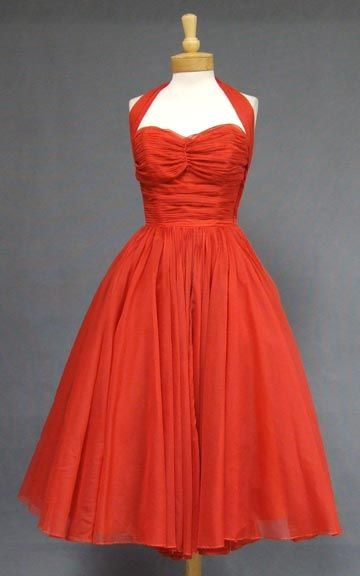 1950s Vintage Clothing. Exactly the kind of dress i'm looking for.